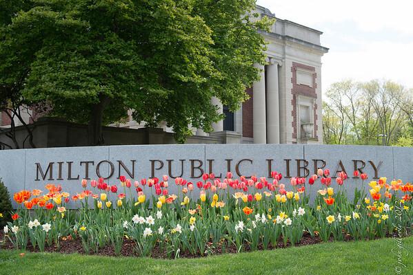 042712 MILTON PUBLIC LIBRARY