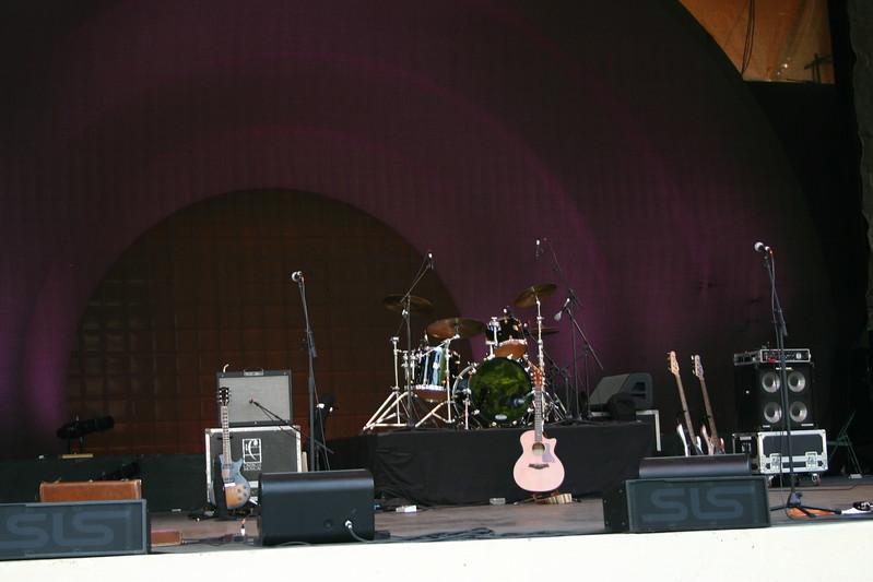 06.07.09 Ralph's World Concert017.JPG