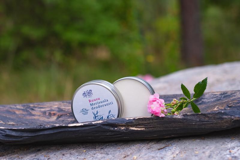 saaren taika alumiiniton deodorantti soodaton luonnonkosmetiikka-4690.jpg