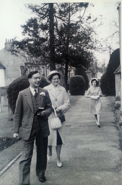 Mum and Dad Wedding 03.jpg