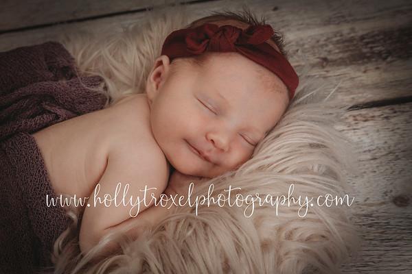 Baby Willa - Sneak Peeks 2021