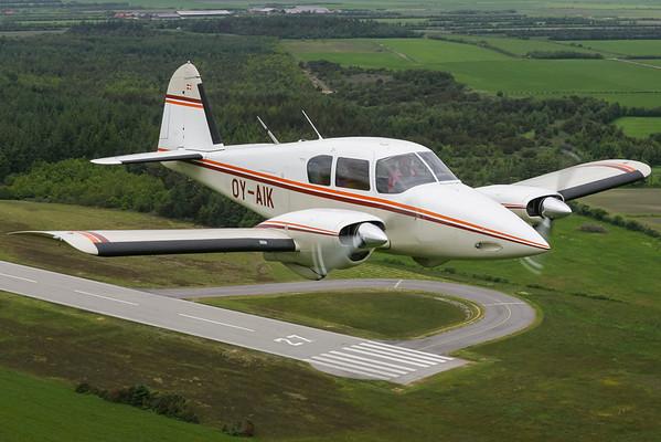OY-AIK - Piper PA-23-160 Apache F