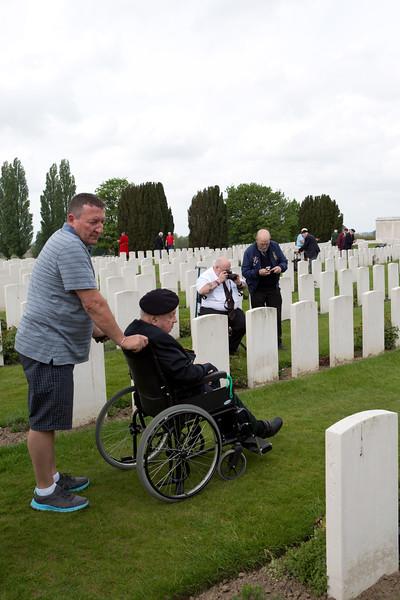 Ypres Tyne Cot Cemetery (44 of 123).jpg