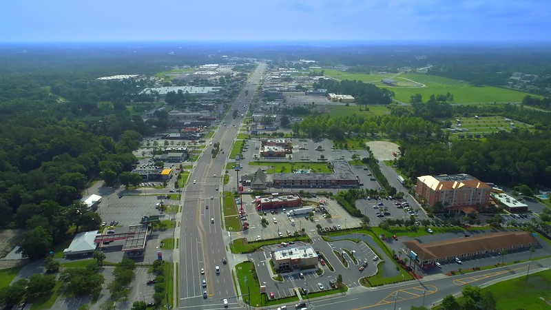 Lake City Florida 4k aerial drone video