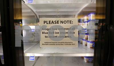 cdc-10-listeria-illnesses-now-linked-to-blue-bell-products