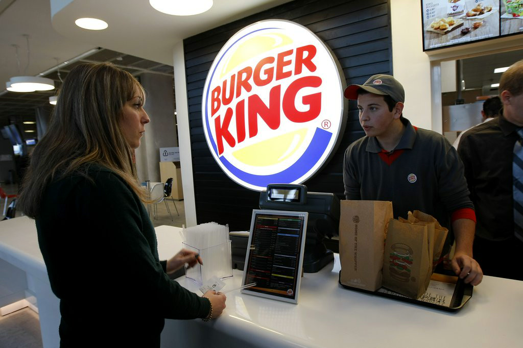 """. 4. BURGER KING <p>Wants to buy Tim Horton�s to get into the doughnut business, and the American tax evasion business. (unranked) </p><p><b><a href=\""""http://www.twincities.com/business/ci_26398977/burger-king-tim-hortons-may-create-new-company\"""" target=\""""_blank\""""> LINK </a></b> </p><p>    (AP Photo/Claude Paris)</p>"""