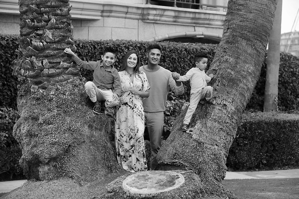 Family Photo Shoot Oct. 21, 2020 (Album 1)