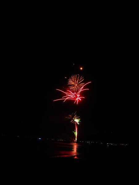 Hawaii - July 4th Fireworks-33.JPG