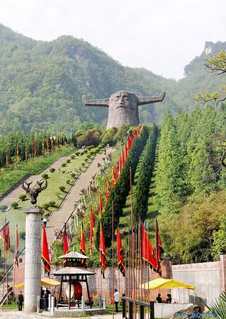 Xingstan Statue
