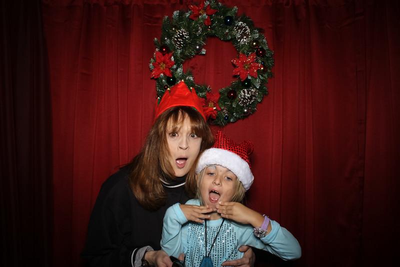 Good Shepard Lutheran School Christmas Boutique 2014-174.jpg