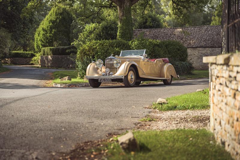 1939 Bentley Vanden Plas 'Honeysuckle'