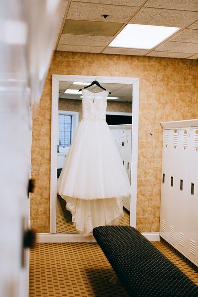 Torres Wedding _Getting Ready  (12).jpg