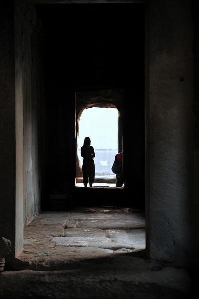 Day18-AngkorWatSunset-27.jpg
