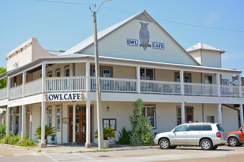The Owl Cafe is a good place for fine dining in the downtown center.