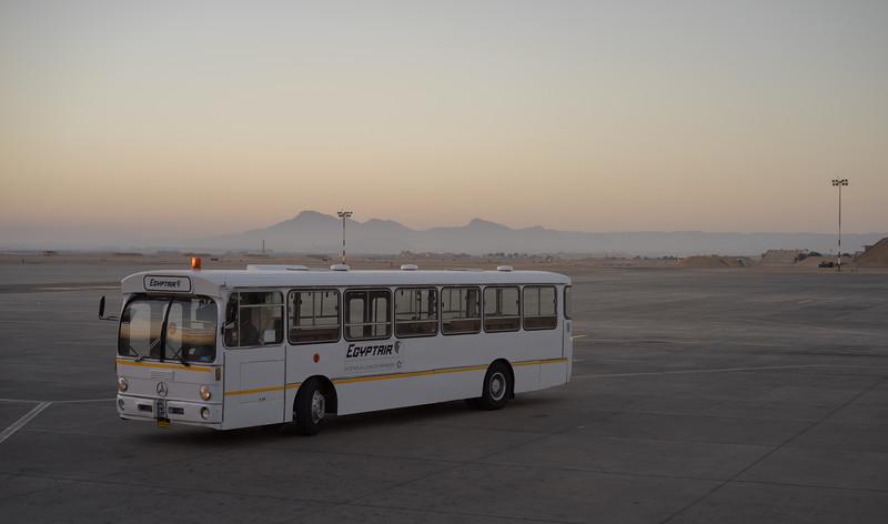 En la pista del aeropuerto de Luxor