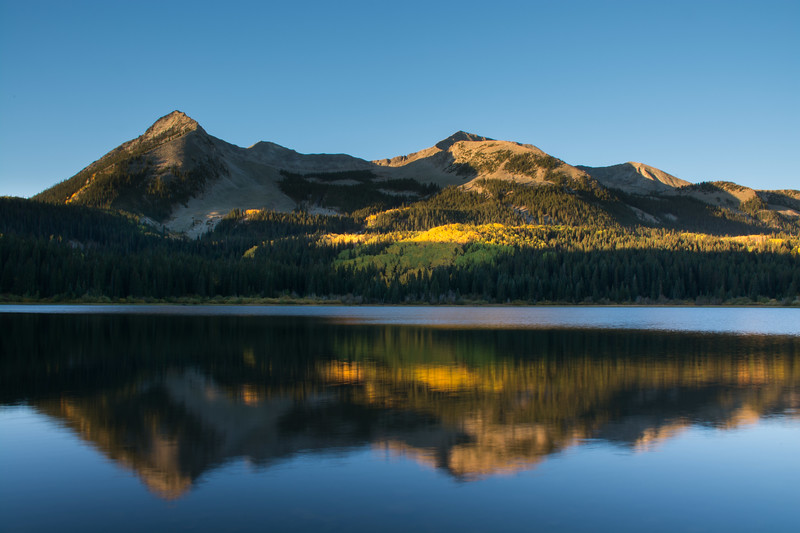 Sunrise at Lost Lake