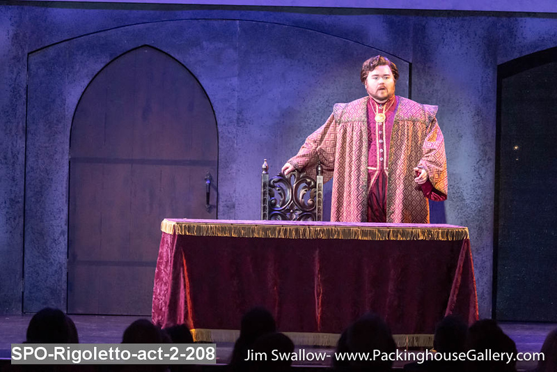 SPO-Rigoletto-act-2-208.jpg