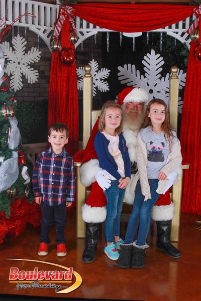 Santa 12-10-16-163.jpg