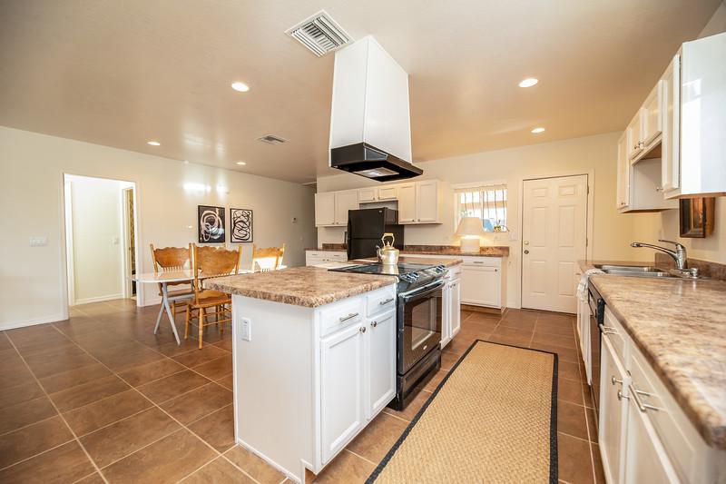 20190507-kitchen area.jpg