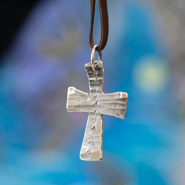 #24 cross