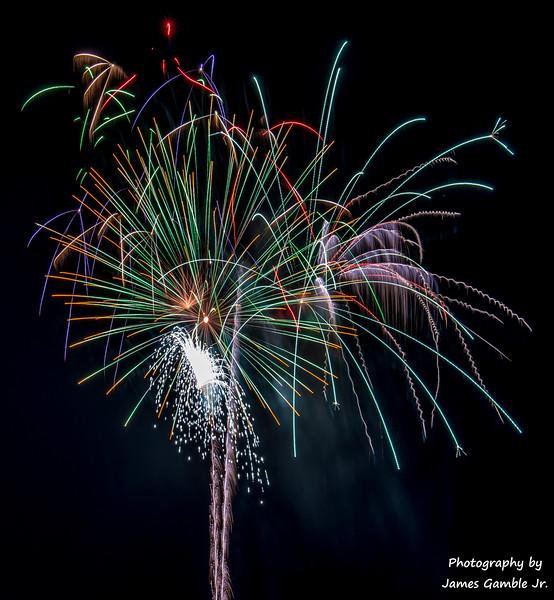 Fourth-of-July-Fireworks-2016-0366.jpg