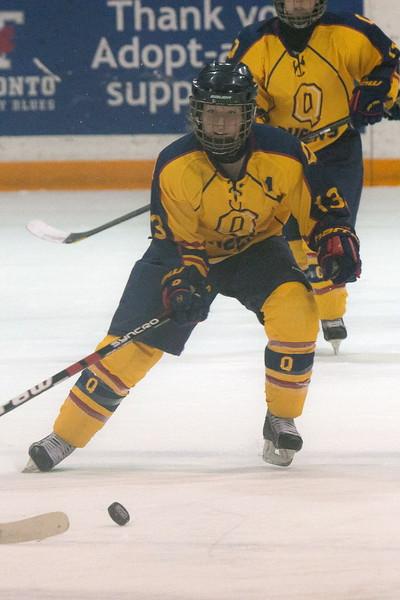 20130310 QWHockeyvsUBC 458.jpg
