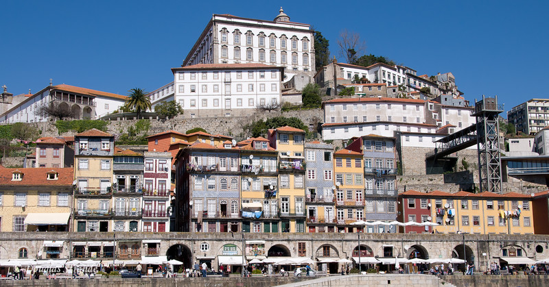 Sat 3/19 On the Douro River: View of Porto