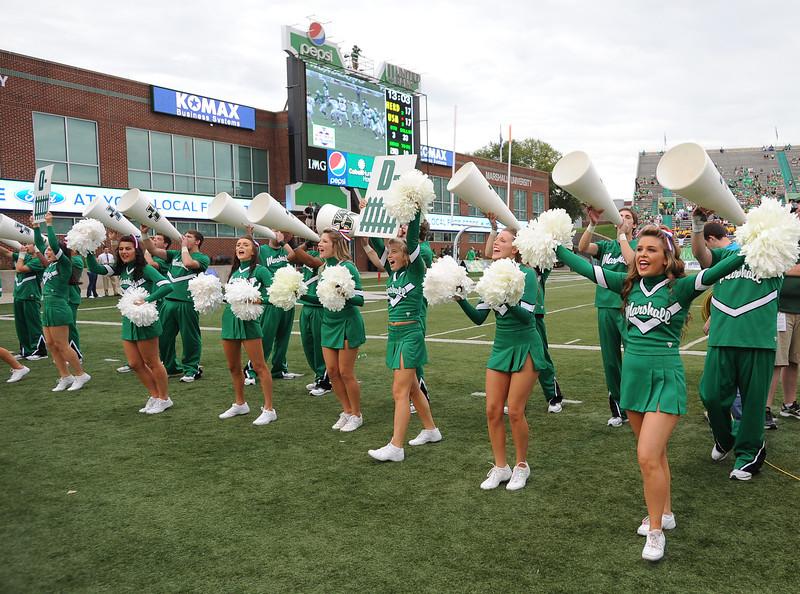 cheerleaders2630.jpg