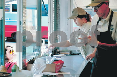 tyler-net-health-to-work-together-to-loosen-food-truck-regulations