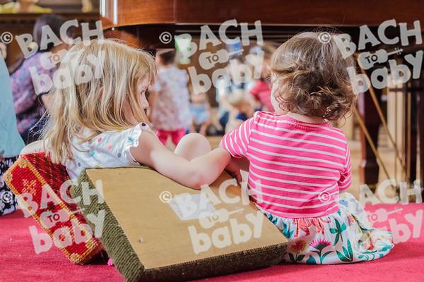 ©Bach to Baby 2017_Laura Ruiz_Twickenham_2017-06-16_07.jpg