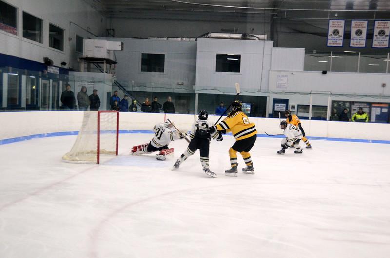 150103 Jr. Bruins vs. Providence Capitals-037.JPG