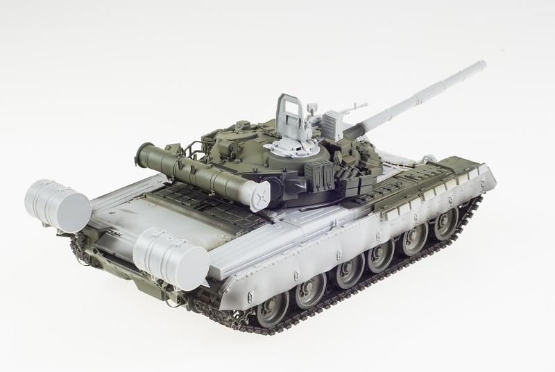 Trumpeter T-80BV 04-10-14-5.jpg