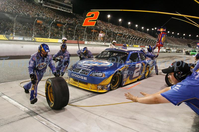 Kurt Busch pit stop at Darlington Raceway.