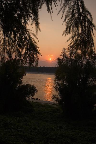 sunset.090706.jpg