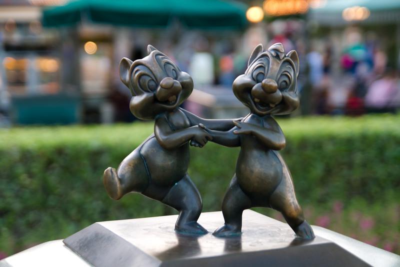 Chip & Dale Statue