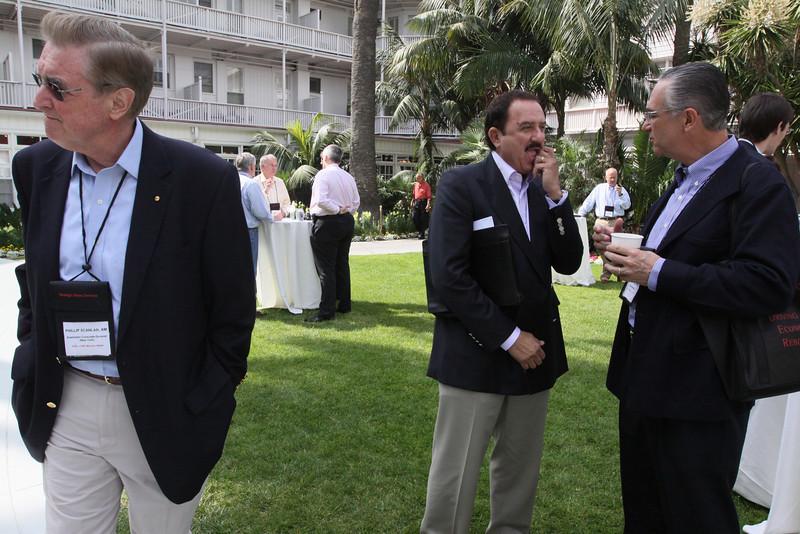 (Foreground, L-R) Phil Scanlan, Australian Consul-General; Sol Trujillo, past CEO, Telstra; and Ricardo Salinas, CEO, Grupo Salinas