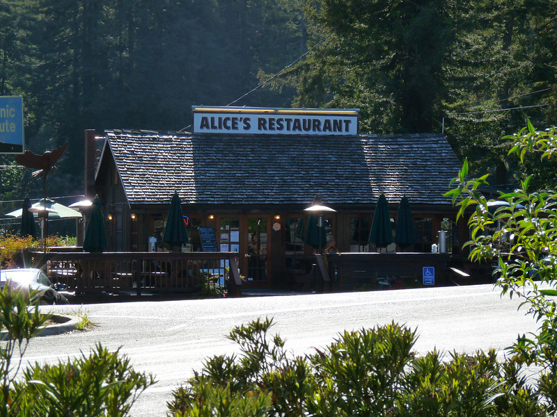 Alice's Restaurant, Skyline & Woodside Rd