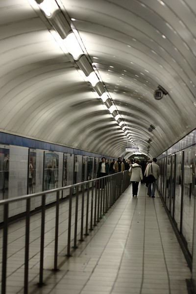 london-tube_2179668836_o.jpg