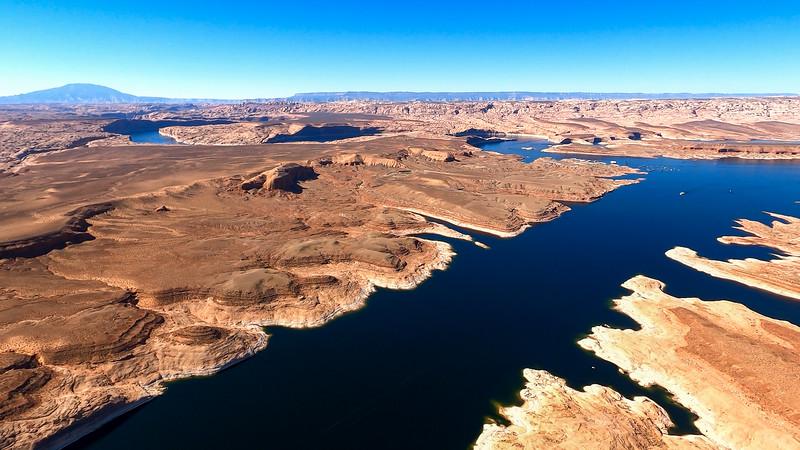 colorado-river-lake-powell-lighthawk-gopro8-card1-49.jpg