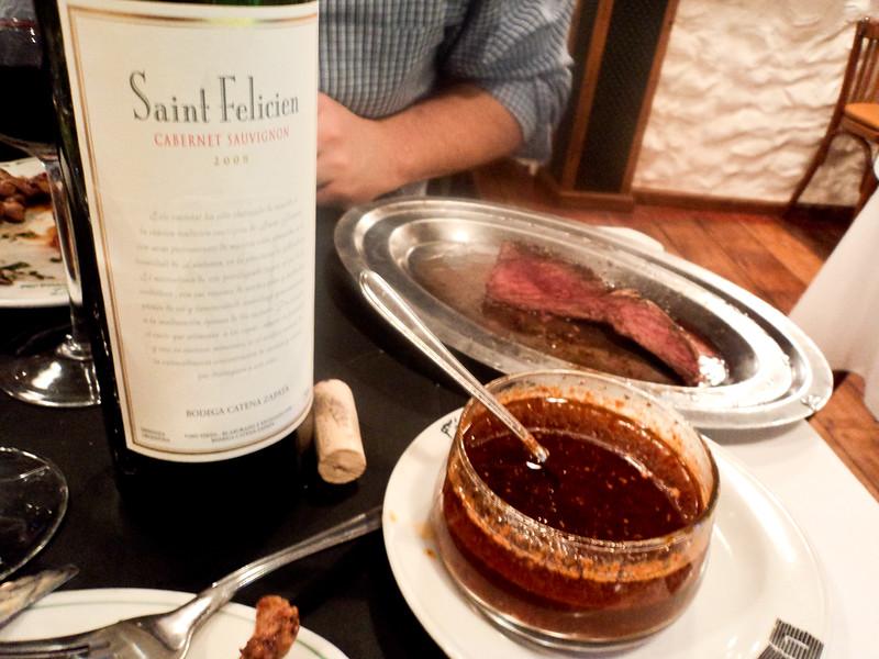 steak-la-brigada-chimichurri-2_6047447195_o.jpg