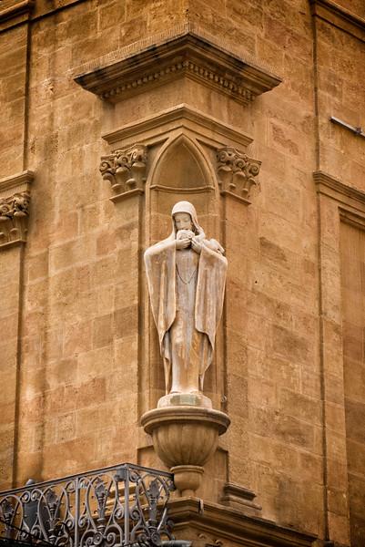 Madonnas in Aix-en-Provence