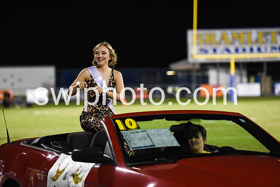 17-10-20 Homecoming Court at Halftime