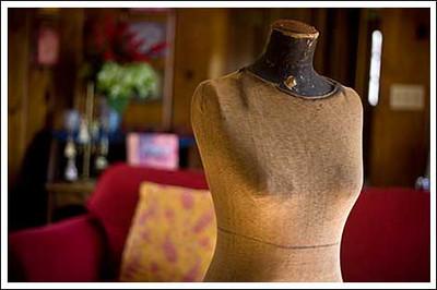 2008-01-04 Dress form