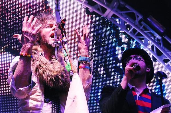 Wayne Coyne, Sean Lennon, New Years Eve Freakout Night One 2011