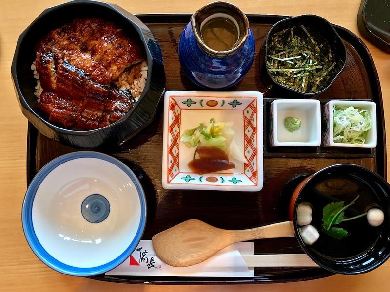 The hitsumabushi set meal.