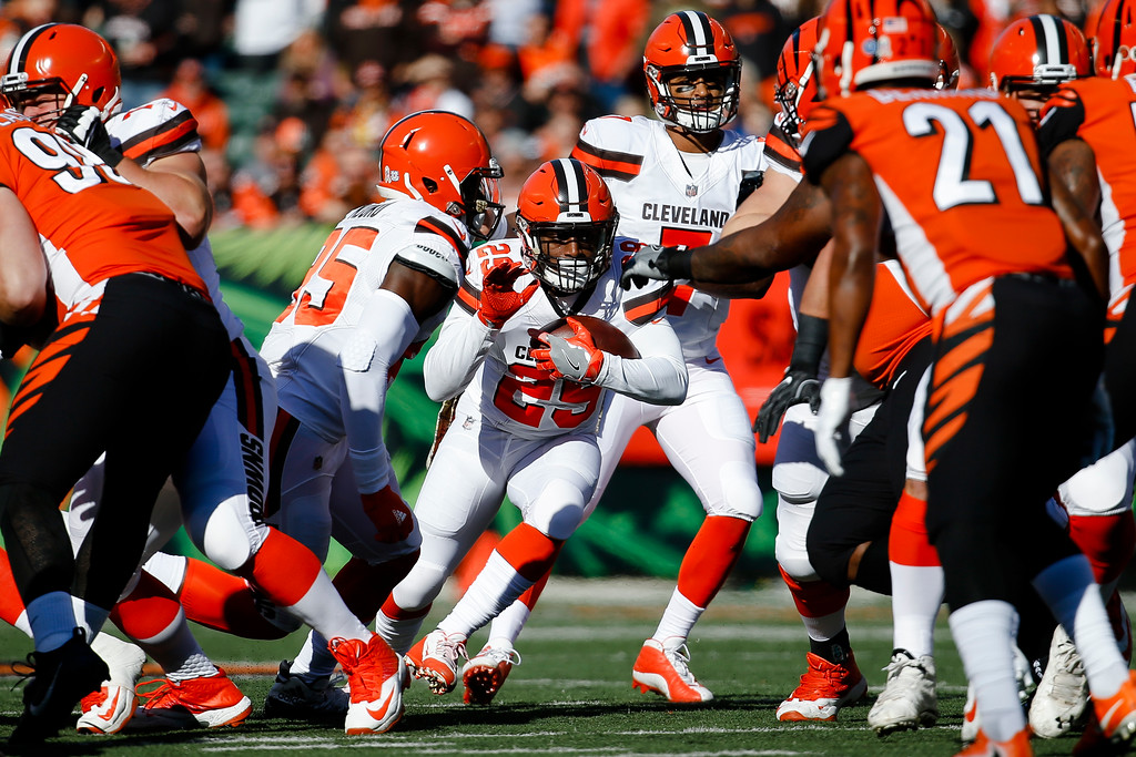 . Cleveland Browns running back Duke Johnson (29) runs the ball in the first half of an NFL football game against the Cincinnati Bengals, Sunday, Nov. 26, 2017, in Cincinnati. (AP Photo/Frank Victores)
