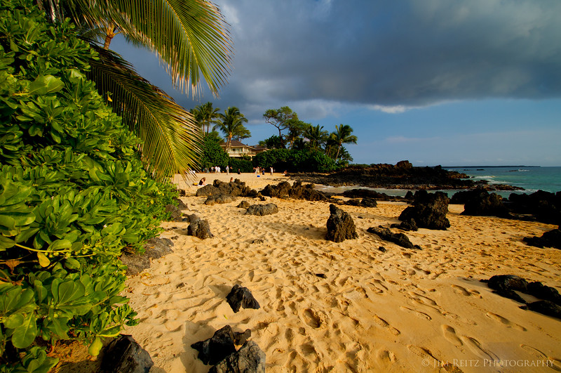Secret cove beach at Makena, site of many weddings. Sure enough, one was happening today.