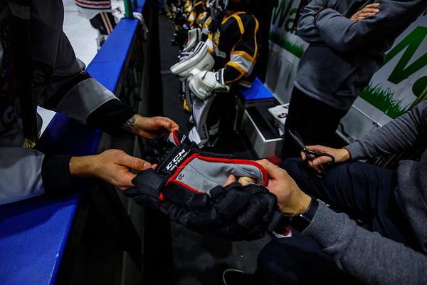 2019-12-20 - IceHogs vs. Stars
