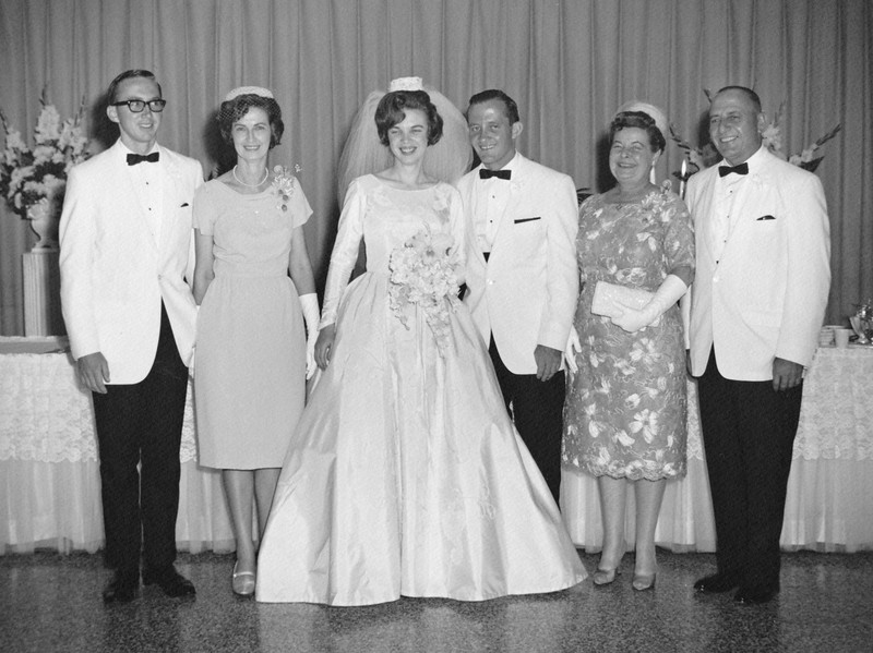 1965 Annie and John Wedding with parents.jpg