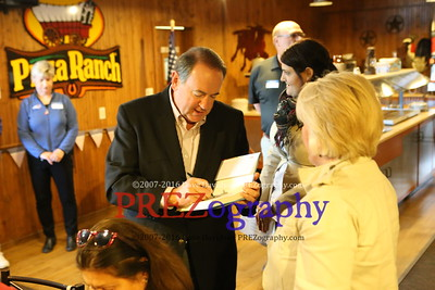 Mike Huckabee HFHG 3 Story City Pizza Ranch